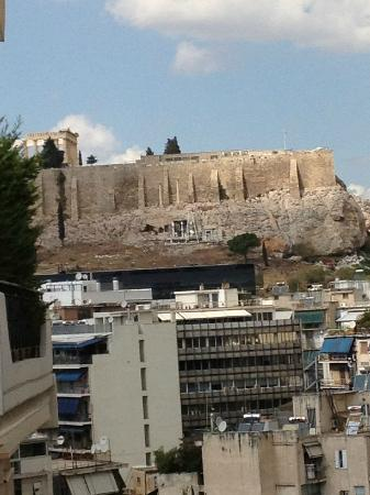 BEST WESTERN Acropolis Ami Boutique Hotel: Day view of the Acropolis fro our balcony