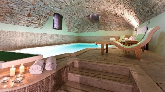 Palazzo Leopoldo Dimora Storica & Spa: piscina3