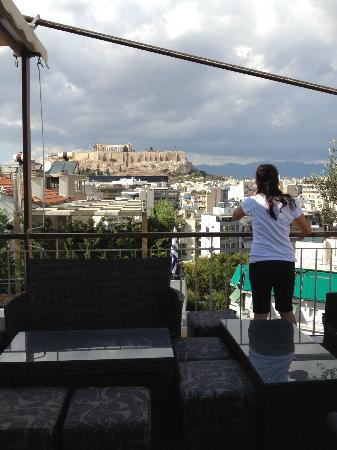 Acropolis Ami Boutique Hotel: Day view of Acropolis from roof garden