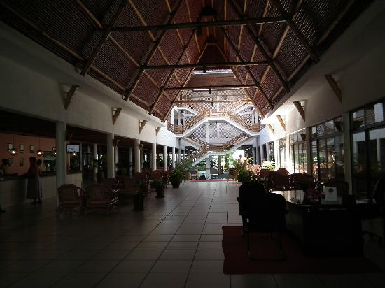 Travellers Beach Hotel & Club: Main reception area