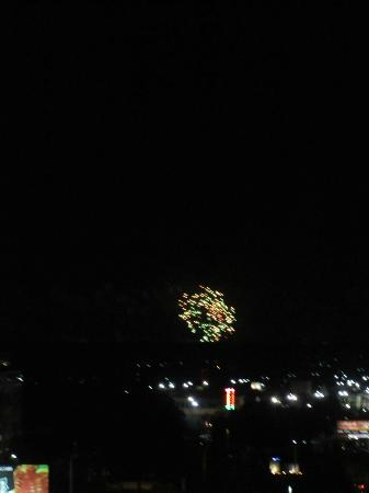 Drury Inn & Suites Orlando: Fireworks from hotel room