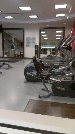 Hilton Garden Inn Denver Cherry Creek: Fitness room