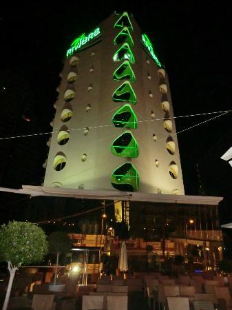Riviera Beachotel: hotel front