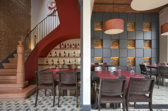 Classic Pizza: Interior primer piso