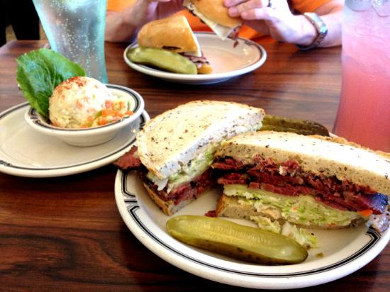 Langer's : Simple but brilliant pastrami on rye, potato salad, and lemonade