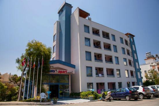 Happy Apart Hotel: ön taraf