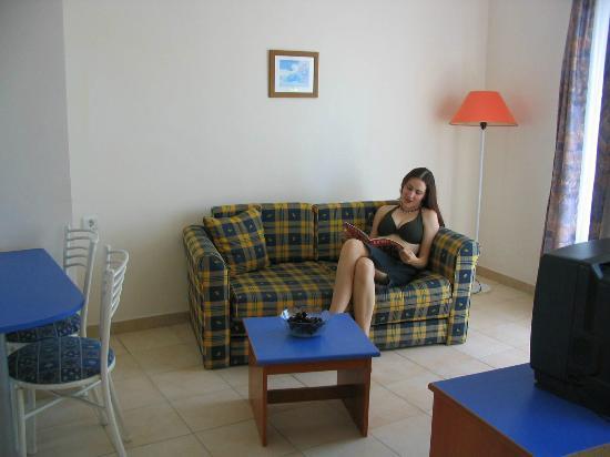 Happy Apart Hotel: salon