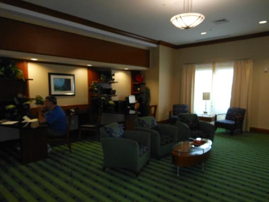 SpringHill Suites Orlando Airport: business center