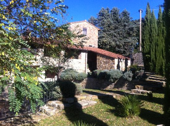 Montelucci Country Resort & Agriturismo di Charme: una antica abitazione trasformata in camera