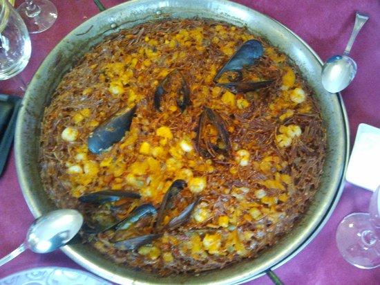 Restaurante Las Endrinas: Fideua