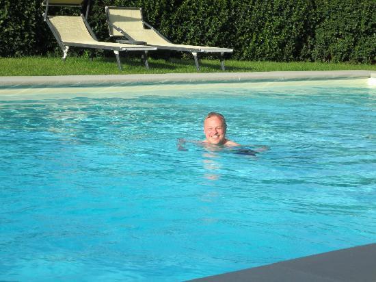 Casa Portagioia: Still swimmable in mid-October!