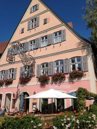 Hotel Eisenkrug: Hotel and restaurant