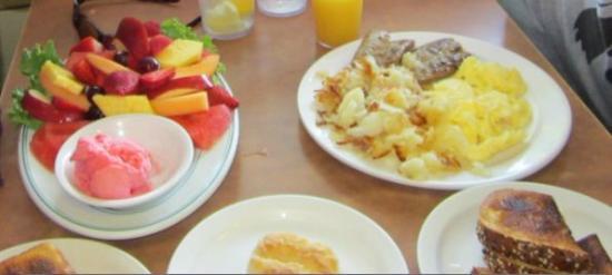 Marina Restaurant: Our food