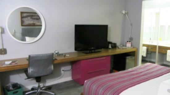 Avatar Hotel, a Joie de Vivre hotel: Bedroom