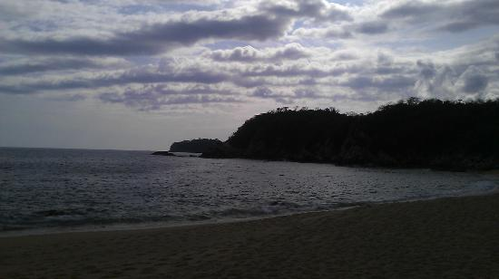 Secrets Huatulco Resort & Spa : cloudy day for 5 minutes