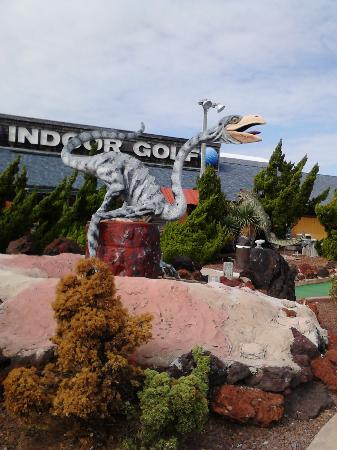 Old Pro Golf: Another outside dinosaur