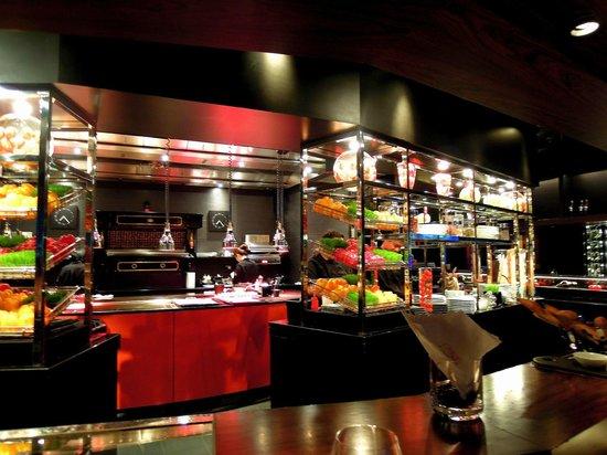 Joel Robuchon Restaurant: L'Atelier de Joel Robuchon Singapore