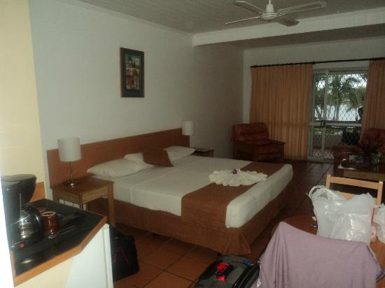 Bedarra Beach Inn: oceanview bedroom suite no#18