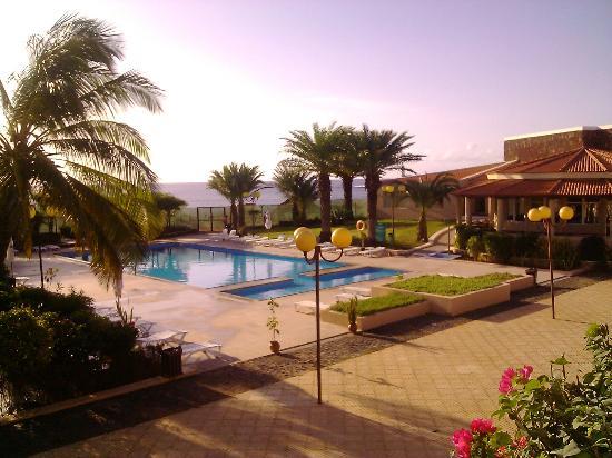 Praia fotos praia santiago reisefotos tripadvisor for Piscina hotel w santiago