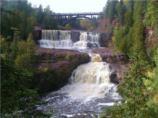 Gooseberry Falls State Park: The Falls