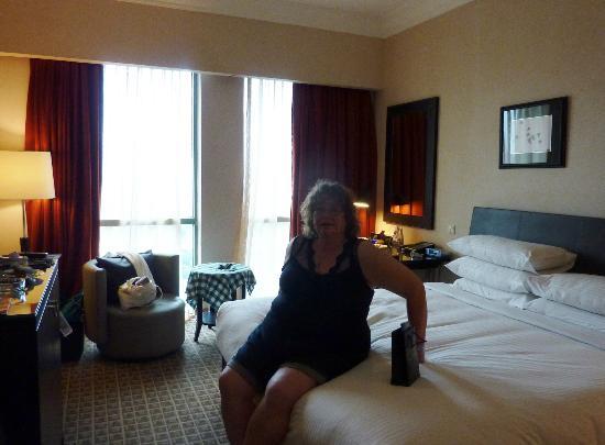 國尊河畔大酒店照片