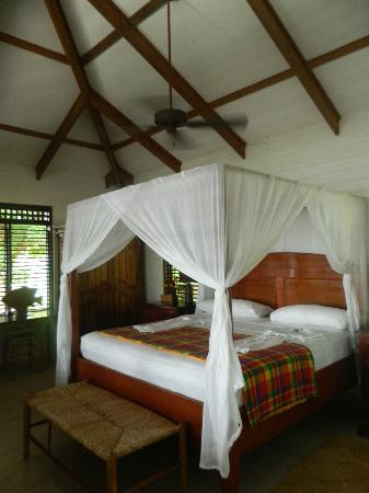 Stonefield Estate Resort: Jacaranda bed room