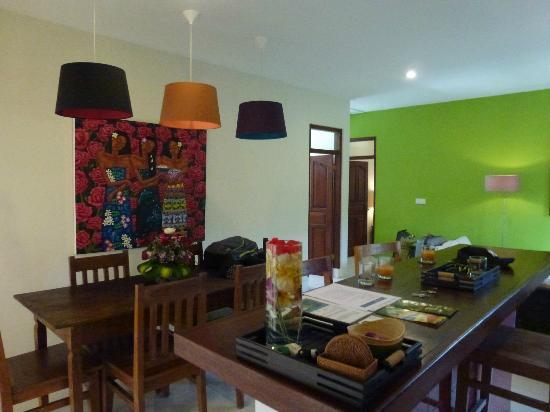 Umah Watu Villas: Kitchen/Dining Living Areas