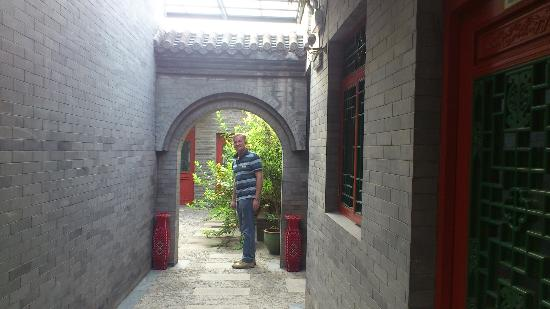 Hotel Cote Cour Beijing: Courtyard views