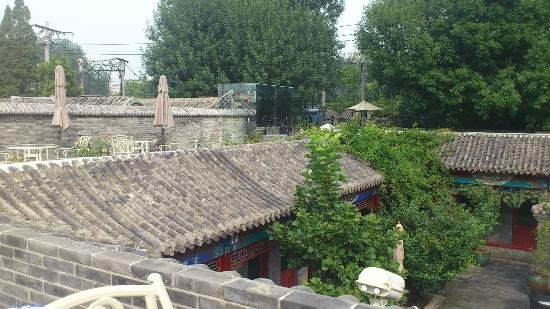 Hotel Cote Cour Beijing: Rooftop Views at breakfast