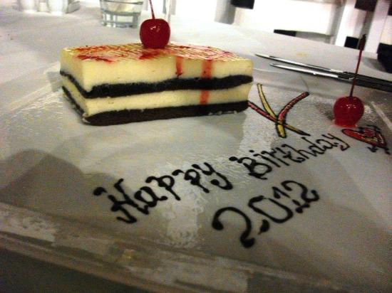 The Cliff Restaurant & Bar: Birthday Cake
