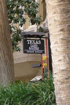 Texas Land & Cattle Steakhouse on the Riverwalk