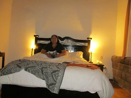 Unaytambo Hotel: me in room 101