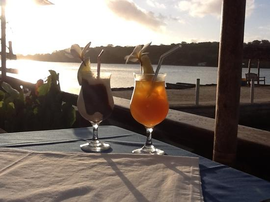 Erakor Island Resort & Spa: happy hour at sunset