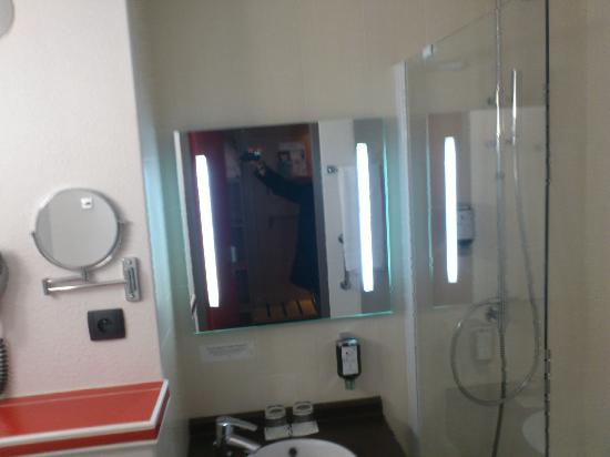 Logis Solenca : salle de bain