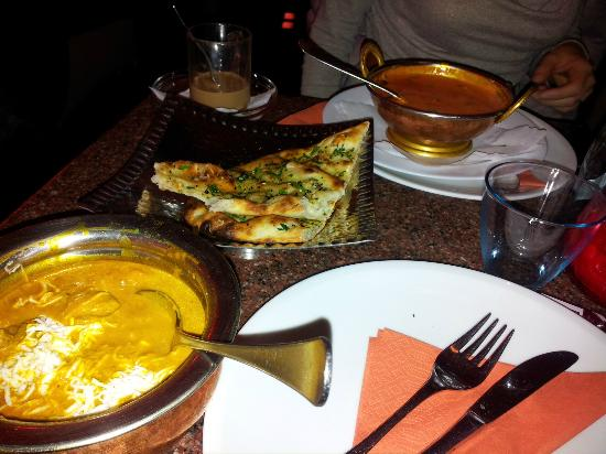 Amrit Restaurant | Berlin Schöneberg: Lamb Korma, Naan Bread and Garam Shorba