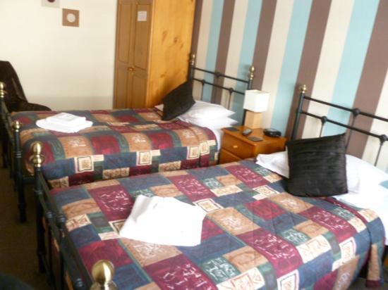 Belle Vue Hotel: room 14 twin en suite
