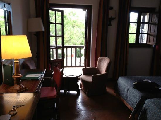 Parador de Tortosa: Room