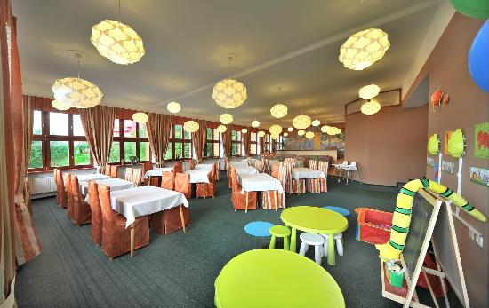 APLEND Mountain Resort: Restaurant