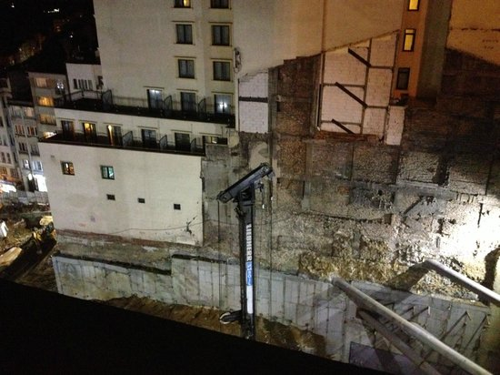 CVK Hotels Taksim:                   Construction site didn't stop the whole night