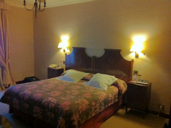 Eurostars Hotel Real : Vista del interior de la habitación