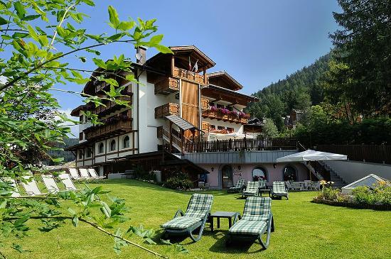 Hotel Gianna: Esterna hotel