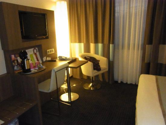 Hotel Mercure Mont Saint Michel: ベッドルーム