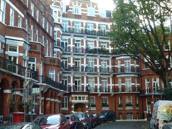 Barkston Rooms: rue de l'hotel