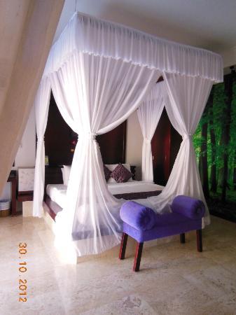 Lavender Luxury Villas & Spa Resort: Bedroom