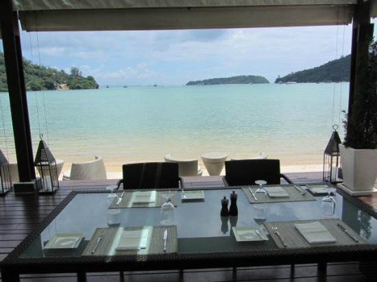 Phuket Panwa Beachfront Resort: Patio Alfresco Italian Dining