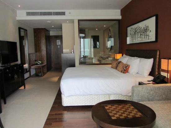 Phuket Panwa Beachfront Resort: Spacious rooms