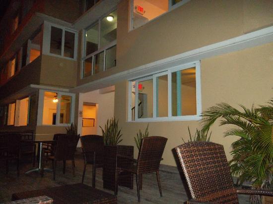 Casa Condado Hotel: terrace