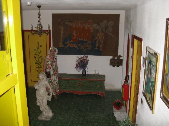 Hotel da Peppe: Лестница