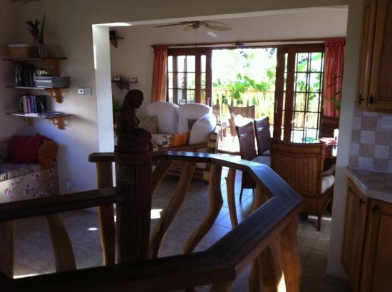 Maca Bana : living room