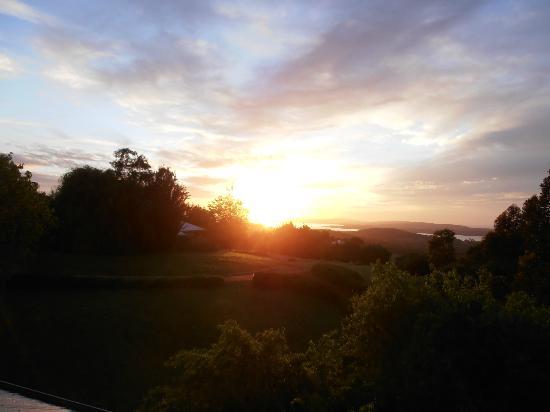 Chimes Spa Retreat: Sunrise